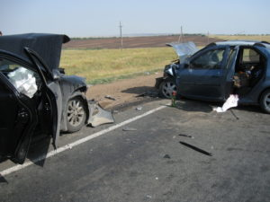 Фото аварии с семьёй священослужителя из Зубчаниновки
