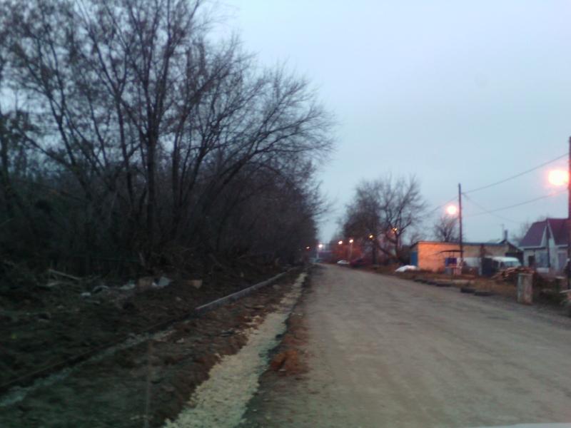 Фото строительства тротуара на Смышляевском шоссе в Зубчаниновке - ноябрь 2017 г.
