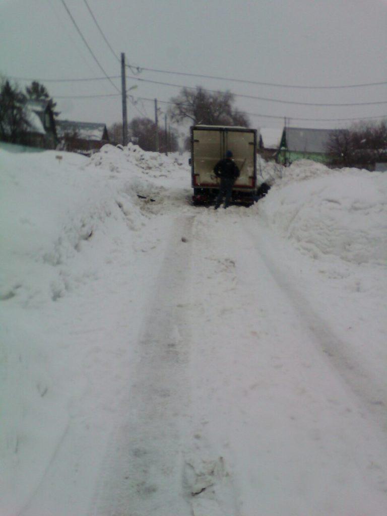 Снежные дороги - застряла машина - Зубчаниновка, март 2019